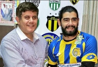 Presentan a Rodrigo Burgos en Capiatá