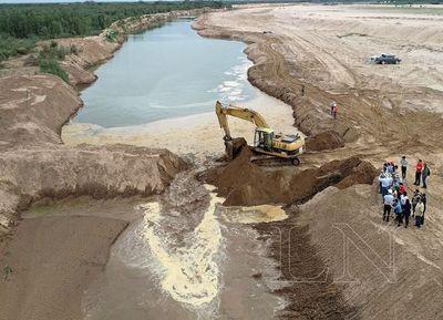 Realizaron la apertura del nuevo canal del río Pilcomayo