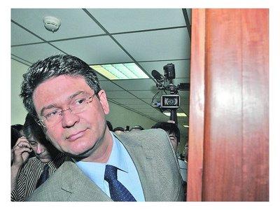 Mario Abdo prometió lucha frontal contra la corrupción