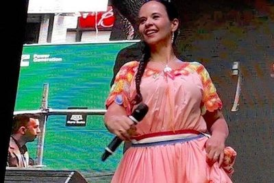 "Paraguaya arrasa con ""Areko cuatro arriero"""