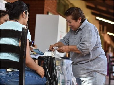 Director del TSJE asegura que Iturburo no tenía acceso a la carga de votos