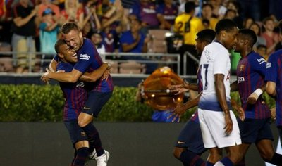 La cara B del Barcelona debuta con victoria en los penales