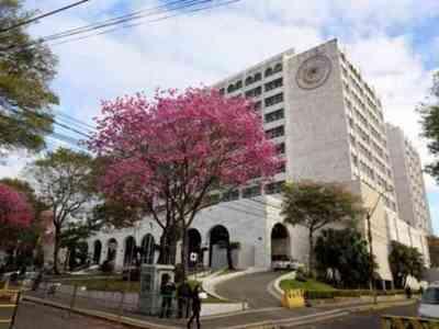 La Corte aceptó renuncia de defensora y fiscal