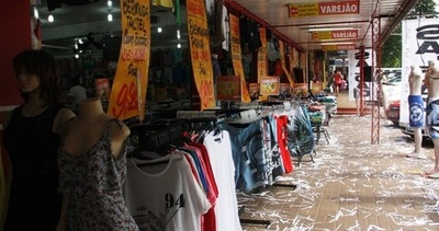 En Foz de Yguazú aún no está reglamentado funcionamiento de tiendas francas