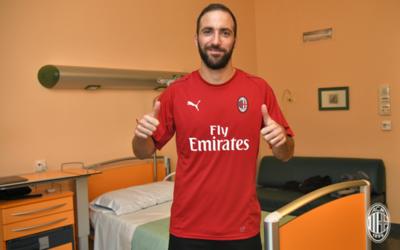 """""""Pipita"""" Higuaín, el fichaje estrella del Milan"""