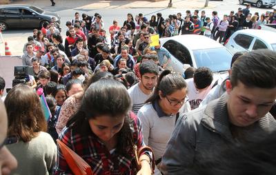 Ministerio de Trabajo inició la feria de empleos en Cuidad del Este
