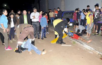 Presuntos motochorros sufren lesiones graves tras chocar durante persecución