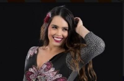 Meli Hicks empieza su carrera como solista