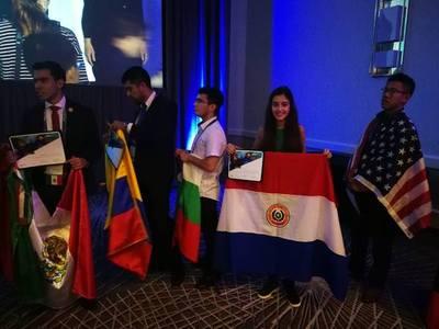Estudiantes paraguayos se destacan en competencias de Microsoft y Adobe