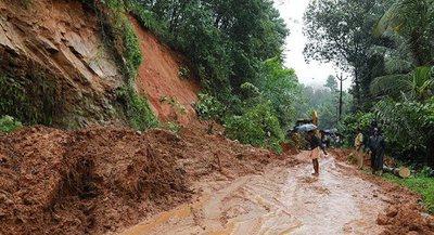 Más de 20 personas perecen por deslizamiento de tierra en suroeste de la India