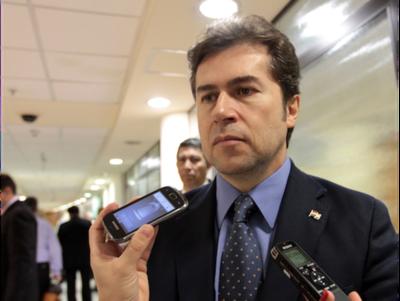 Senado otorgó permiso a Castiglioni para asumir como Canciller