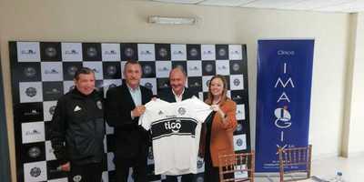 El club Olimpia firma acuerdo con la clínica Imagix