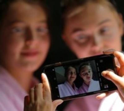 Jóvenes buscan cirugía para verse como en sus fotos de Instagram