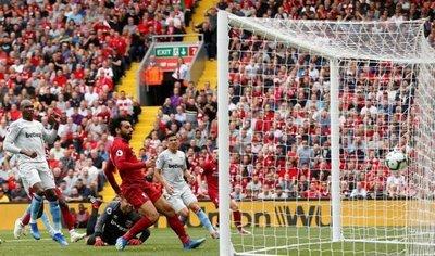 Fabián Balbuena debuta en la Premier League con el West Ham