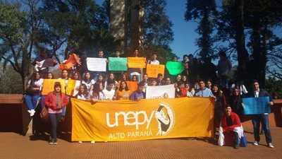 Estudiantes se manifiestan contra la corrupción