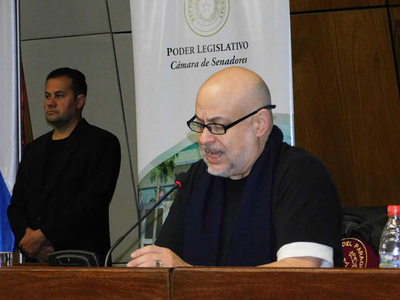 Payo Cubas convoca a la ciudadanía para debatir sobre pedidos de desafuero