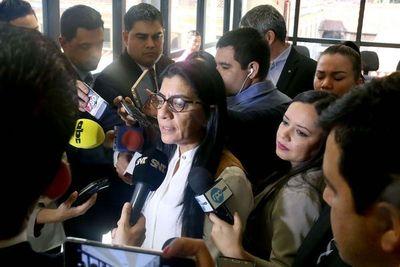 Renunció hija de la diputada Ocampos