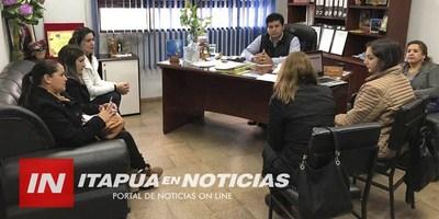 """PRESENTACIÓN DEL PLAN """" DESARROLLO DE LA MUJER """" EN CNEL. BOGADO ."""