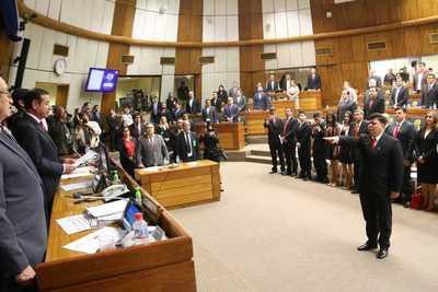 "Edgar ""Papu"" Espinola asume como Diputado Nacional – Prensa 5"