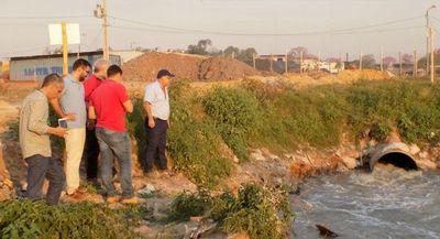 22 empresas intervenidas en zona del arroyo Mburicao