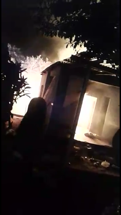 Incendio de vivienda en Calle 2
