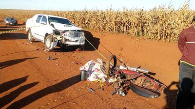 Hermanas de 13 y 9 años que viajaban en moto mueren atropelladas por camioneta