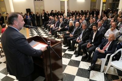 Benigno López anuncia lucha frontal contra el contrabando y la evasión fiscal