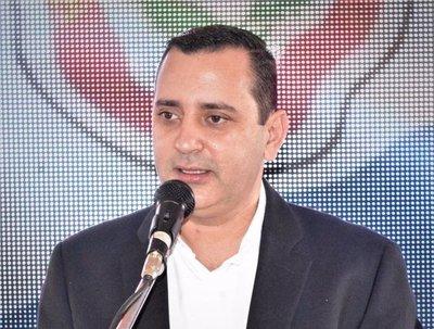 Exgobernador Alfonso Noria, fuera de la Junta