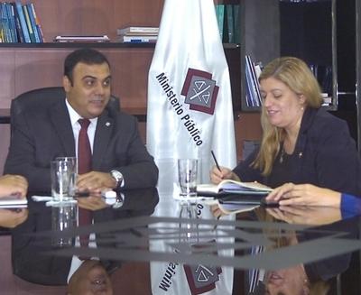 """""""Sandra Quiñónez perdió respaldo político y utilizó la cabeza de Díaz Verón"""""""