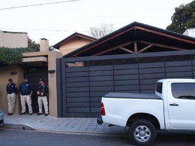 Allanan casa de Díaz Verón tras siete meses de investigación