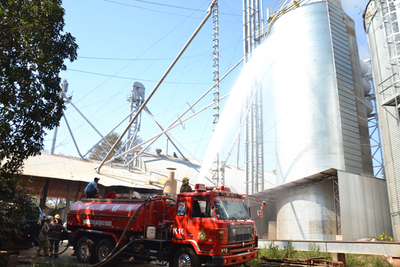 Incendio en silo