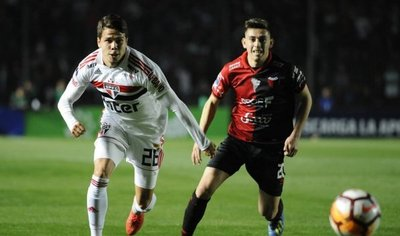 Colón vence en penales al Sao Paulo y desafía a Junior en octavos
