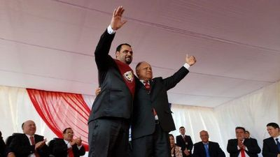 """César """"Tigre"""" Ramírez asume en Canindeyú y promete honestidad"""