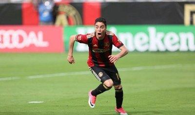 El Arsenal va a la carga por el talentoso Miguel Almirón