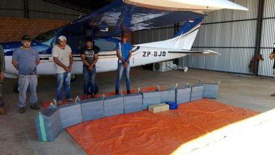 Senad incauta casi 400 kilos de marihuana y una avioneta