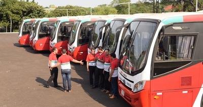 17 buses nuevos y 15 semi nuevos entran en servicio