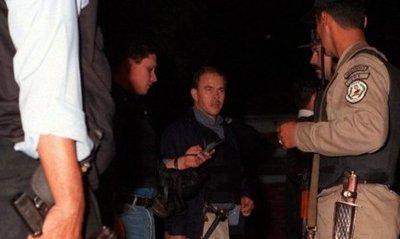 Comisario relata cómo fue torturado e insiste con enjuiciar a Bower