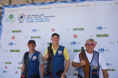 Gómez, Reichardt y Bergues van al Campamento de las Américas, en Guadalajara