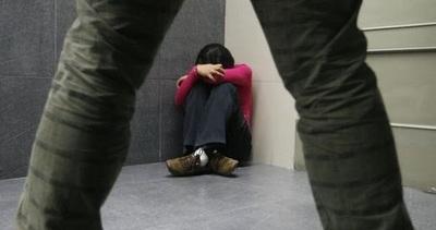 Sentencian a 10 años de cárcel a joven por abusar de su hermana menor