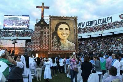 Retablo de Chiquitunga será exhibido en la catedral San Blas de Ciudad del Este