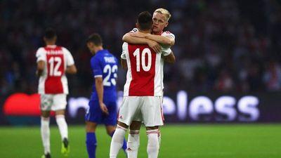 Ajax se acerca a la fase de grupos de la Liga de Campeones