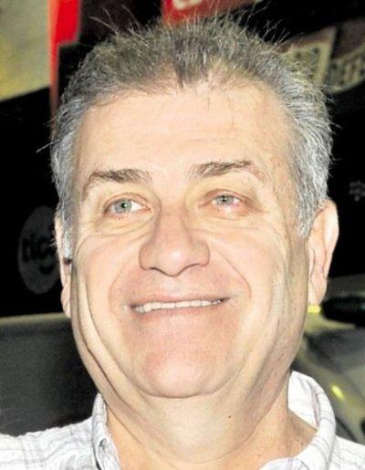 Exjuez aparece como testaferro del clan González Daher en caso lavado