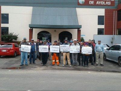 Ayolas: Funcionarios de la municipalidad de Ayolas seguirán movilizados