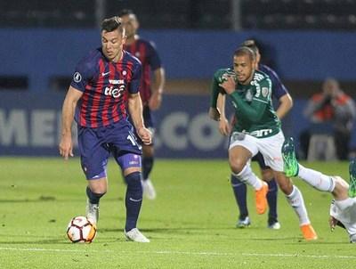 Cerro y Libertad se juegan su suerte esta semana
