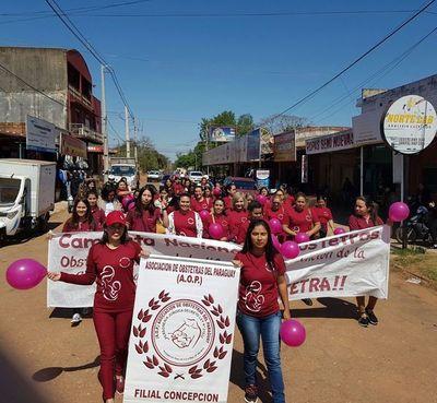 Recuerdan mes del Obstetra en Concepción