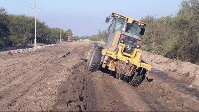 Apuran reparación de caminos en Alto Paraguay