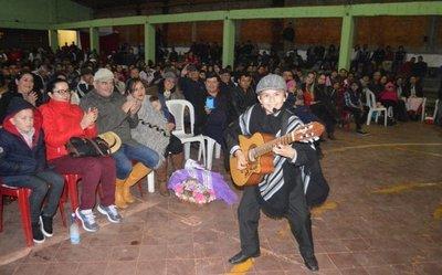 Limeños rinden homenaje póstumo a Efrén Echeverría