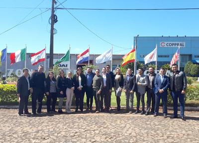 Emprendedores argentinos interesados en instalar un centro de distribución en el Este