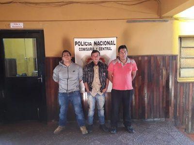Detuvieron a tres personas por perturbar a la paz pública y portación de armas