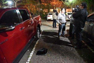 Tortoleros roban objetos de 3 vehículos